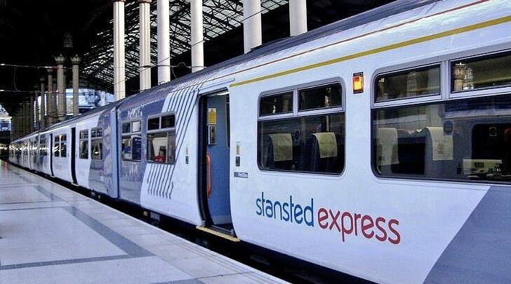 El Stansted Express es una excelente opción para llegar a la city de Londres